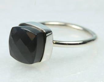 Minimalist Sterling Silver Grey Labradorite Ring Size: R-8 5/8