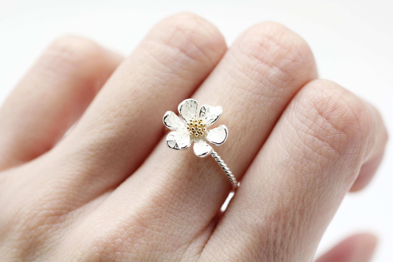 White Daisy Flower Ring White Wedding Flower Ring Engagement Etsy