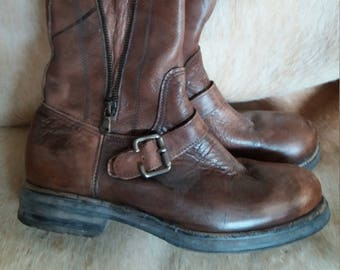 Vintage boots, leather