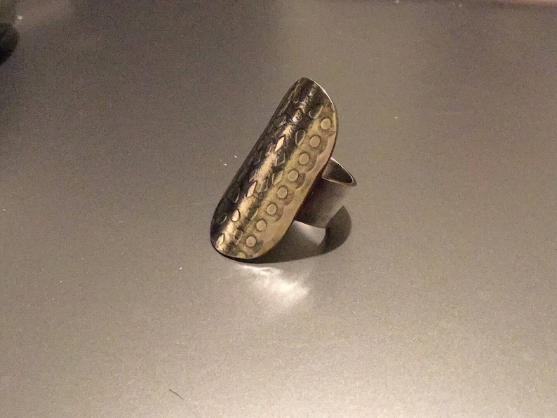 Large oval Silver Ring