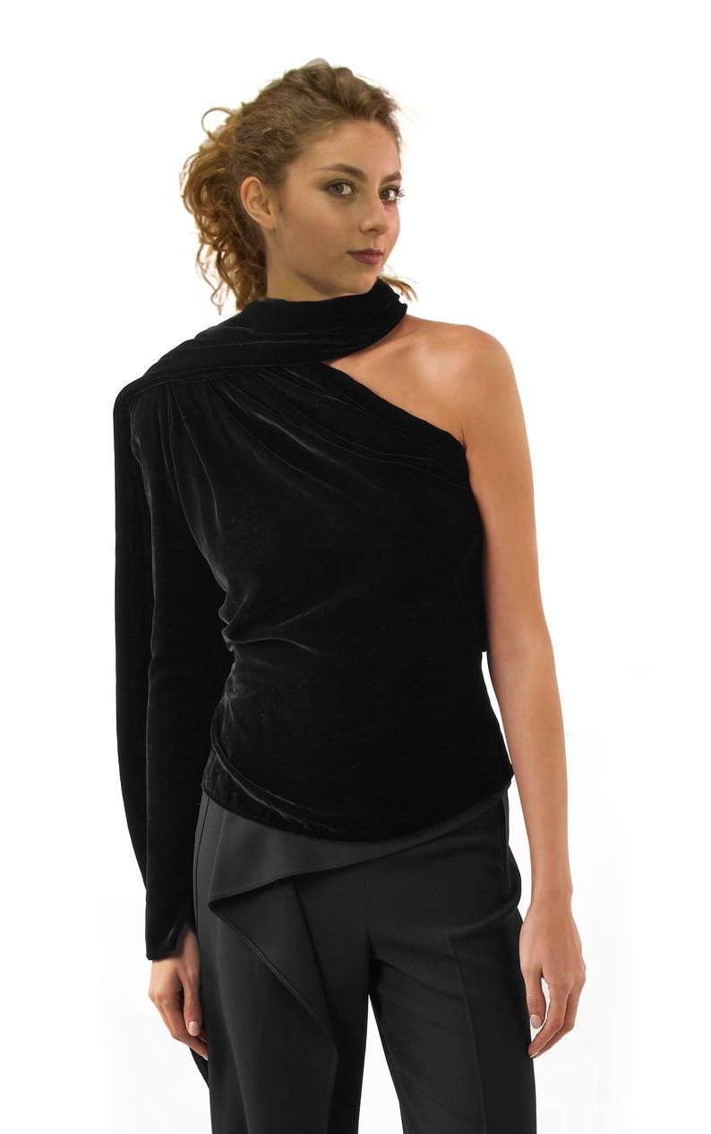 4bb0070840358 Women s Blouse Asymmetric Top Velvet Top One Shoulder