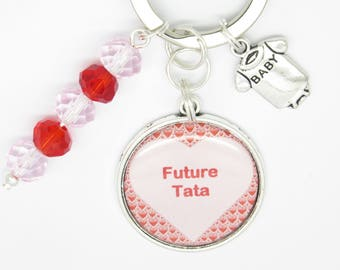 PERSONALIZED keychain or bag gift for a future aunt pregnancy announcement
