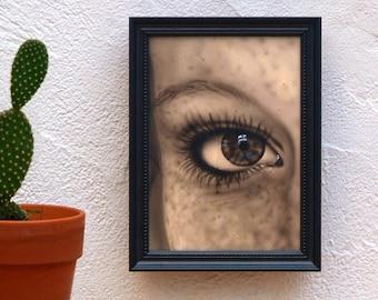 Framed female eye. Acrylic paint on female eye wood. Perfect for art lovers. Original small-format work.