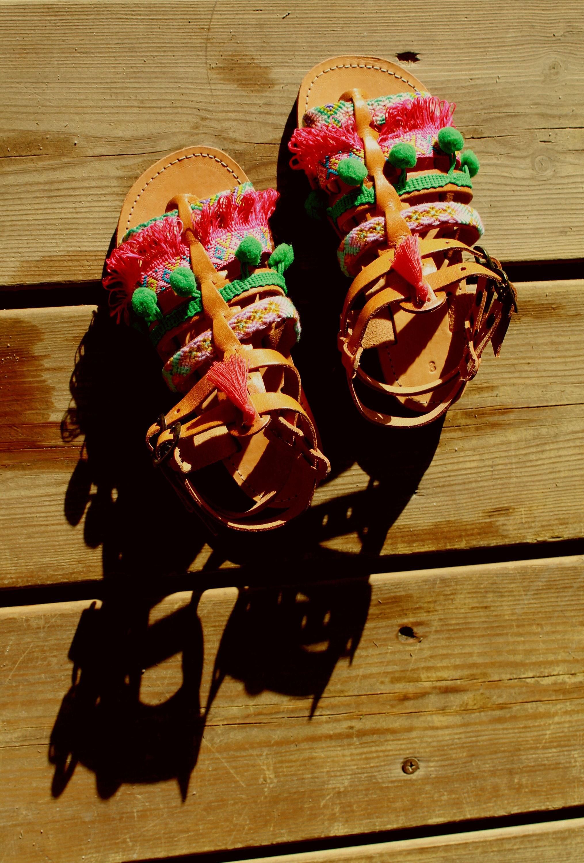 ERMIS sandales à grecques à sandales la main 4b4ee0