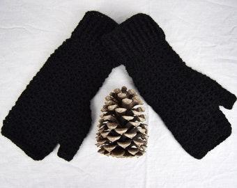Fingerless Gloves, Crochet Hand warmers, Black Fingerless Mitts, Arm Warmers, Wrist Warmer, Festival Wear, Hiking Mitts, Ladies Medium Large