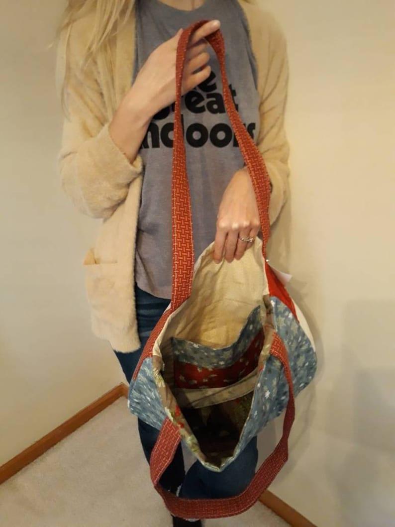 Quilted Tote Bag  Christmas print Shopping bag Shoulder Bag with Pocket Up North Carry-on bag Book bag