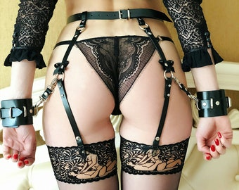 Leather garter for stockings with handcuffs