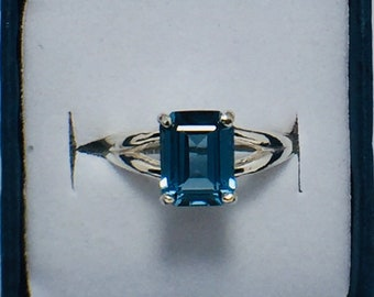 Natural London Blue topaz Emerald .925 Sterling Silver Ring, Size 7.