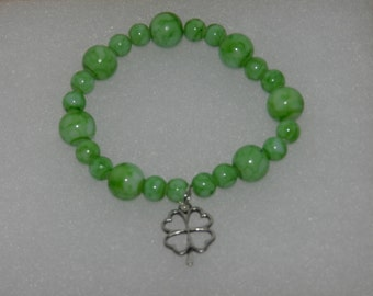 Luck of the Irish Glass Bracelet