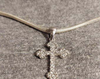 Silver Cross with CZs on serpentine chain very dainty 90s