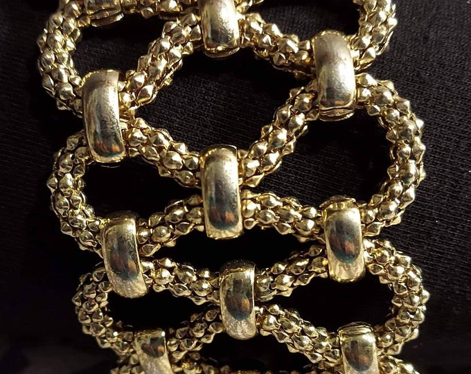 Cuff bracelet statement maker gold tone interwoven unique chain design adjustable 90s