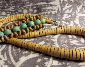 Wooden vintage jewelry set bracelet and necklace unique beads 90s