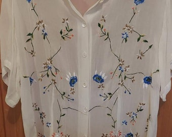 Sheer womans Off white embroidered blouse XL 80s.