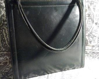 Black leather hand bag Margolin. 50s
