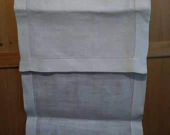Raw white linen table runner with 2 place mats. 50s