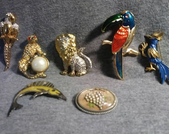Brooch assortment costume jewelry 50s to the 80s sparkles, enameled, Mexico silver