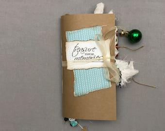 Travelers Notebook Junk Journal - Christmas Holiday Junk Journal - Junk Journal TN Insert - Inked Journal - Journal One Signature - No.20HT