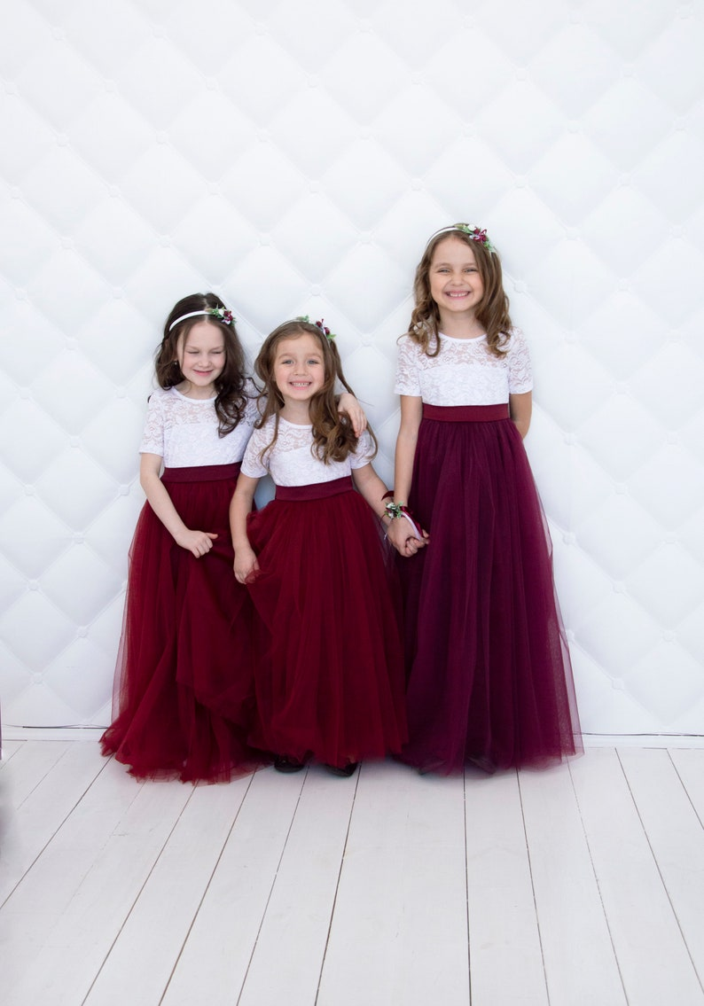aaa6fc8ea59 Flower girl dress Wedding girl dress Lace girl dress Junior