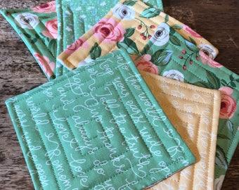 Yellow & Green reversible fabric coaster set (6), mug rug, quilted coasters