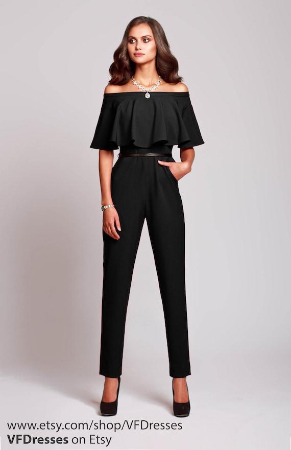 schwarzen overall damen overall jumpsuit von hochzeit etsy. Black Bedroom Furniture Sets. Home Design Ideas