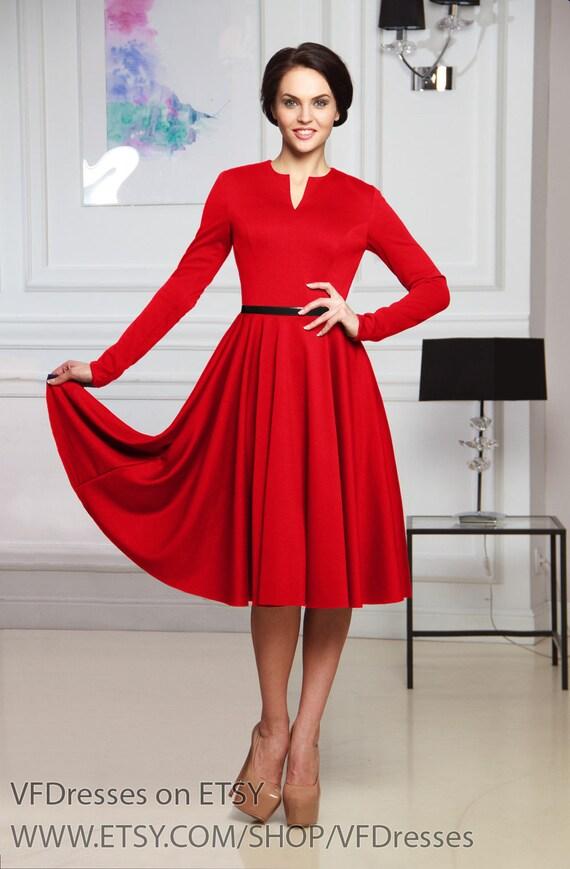Rotes elegantes cocktailkleid