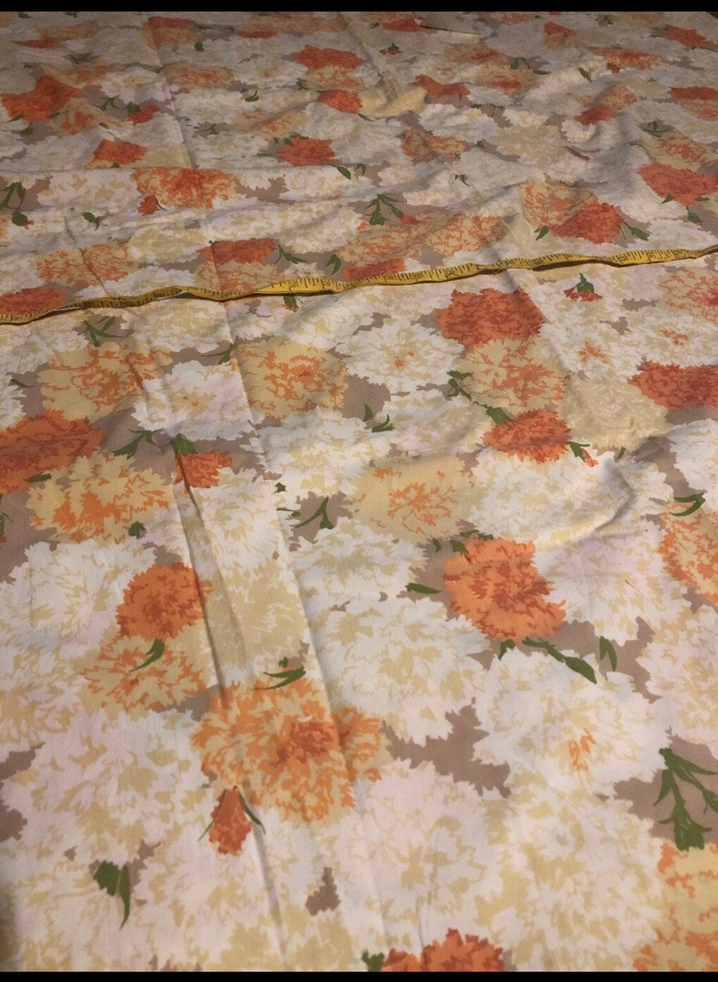 brown and white flowers Vintage fullqueen flat floral sheet with orange