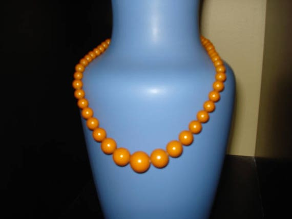 PRICE REDUCED!  Butterscotch Bakelite Bead Necklac