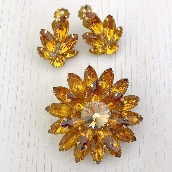 1950s Crystal Brooch | Clip On Earrings | Jewelry