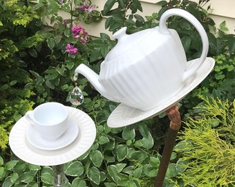 white on white tea pot bird feeder