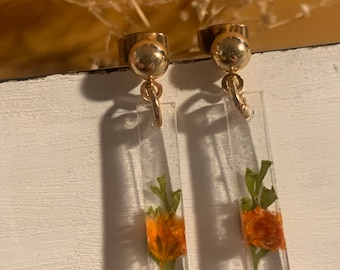 The Cece Earrings - jewelry, minimal, dainty, simple, beads, resin, dried flowers, crystal clear, small, silver, gold, handmade, preorder