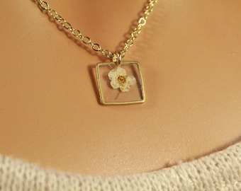The Clare Necklace - jewelry, minimal, dainty, simple, beads, resin, dried flowers, crystal clear, small, silver, gold, handmade