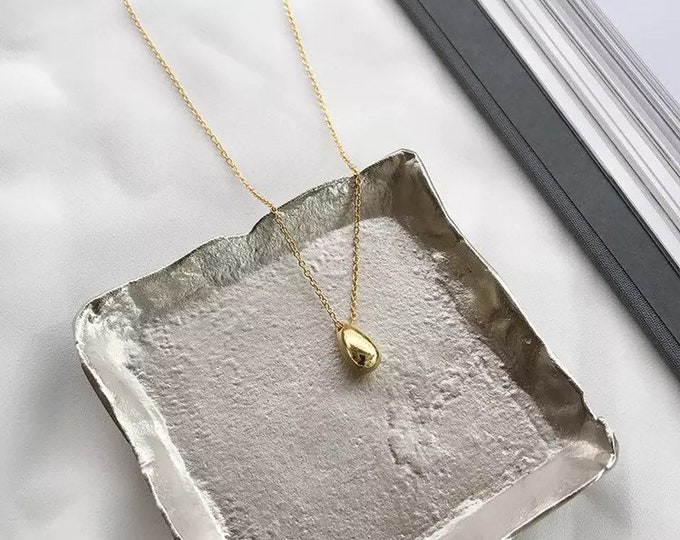 Petite Teardrop Necklace