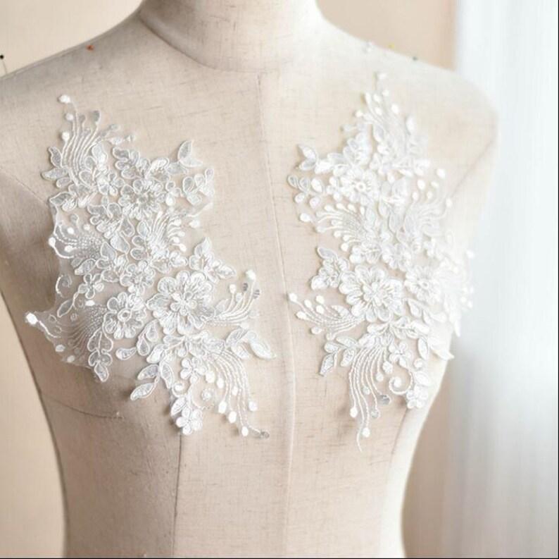 Bridal Dress Lace Motif Embroidery Wedding Lace Trim Corded Lace Applique 1 Pair