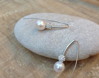 SUBLIME Silver earrings, pearl and swarovski.