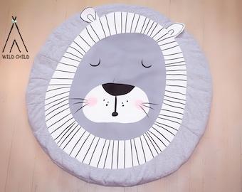 Lion design, round, play mat, nursery décor, crawling mat, baby shower gift, tummy time ,activity mat