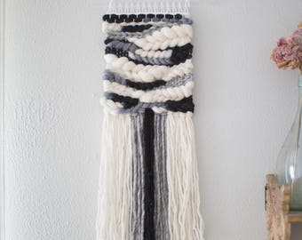 Monochrome wall hanging \\ Weave \\ MTO \\ woven wall hanging \\ tapestry