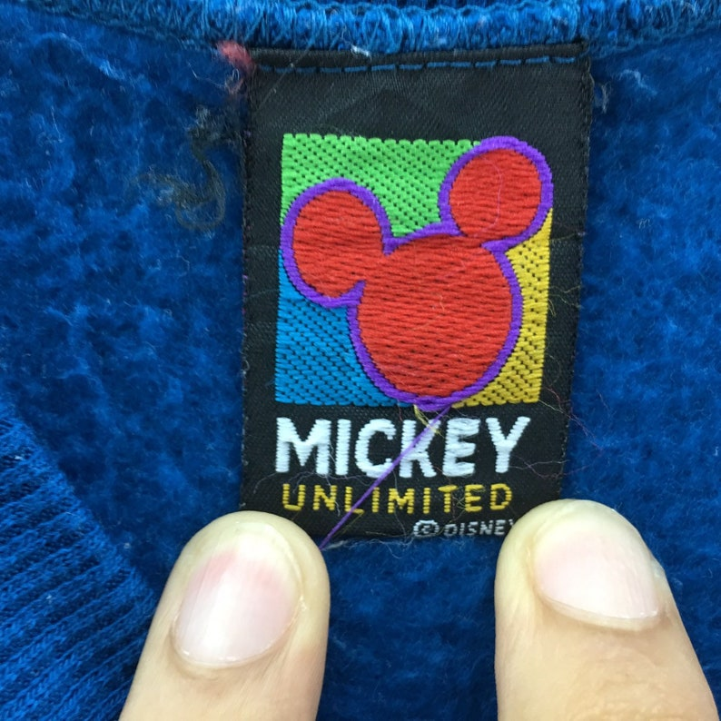Vintage Goofy Sweatshirt Cartoon Disney Biglogo spellout embroidery vintage men clothingVintage men clothing