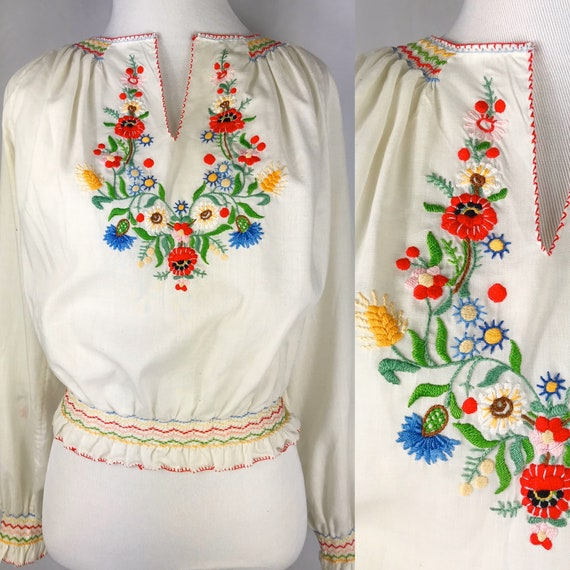 Vintage 1970's Long Sleeve Hungarian Embroidered P