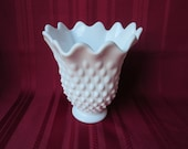 Vintage Fenton Milk Glass White Hobnail 6 quot Handkerchief Swung Vase Excellent