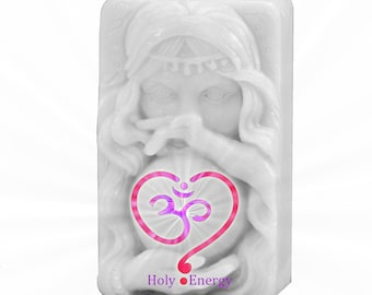 Successful Spell Soap infused with Reiki Energy Made the right way color and scent are powerful tool for Protection and to become successful