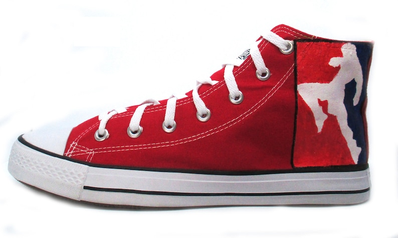2272d51378fed Muay Thai custom Converse shoes Style High Top Red Shoes Show off Muay Thai  Boxing Red and blue