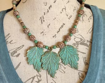 Woodland leaf necklace
