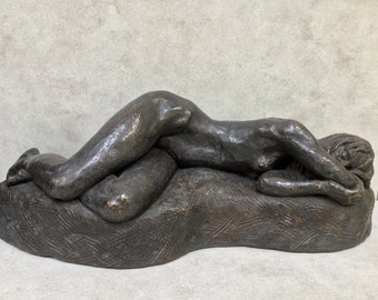 Sculpture Artist Thomas Holland  Statue of Nude Female Signed