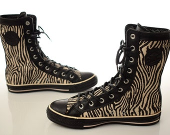 9e651c2bf13f Rare  Zebra Converse Shoes womens size UK 7