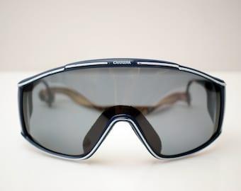 5721eae69e45 vintage Carrera Sunglasses 80s Austria Mod. 5573 Sport Sonnenbrille shield  Plastic Dark Lens