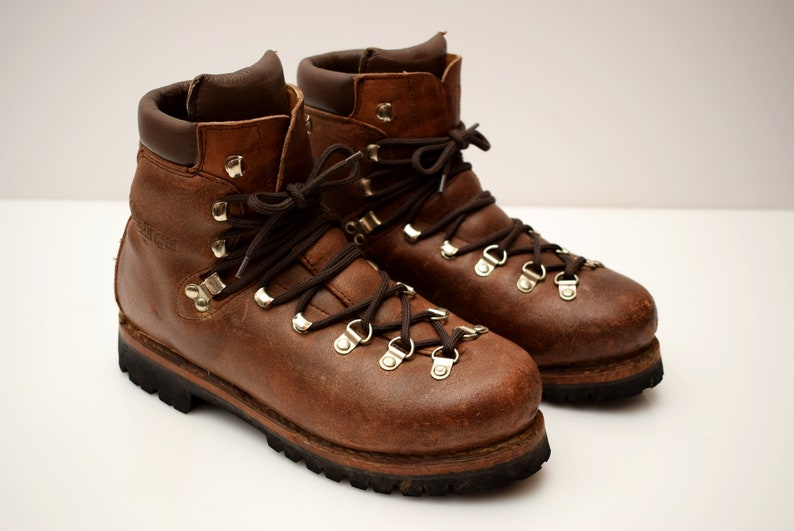 94cf2a6dccd vintage Kastinger Hiking Leather Boots size UK 7.5 EUR 41 Vibram womens or  mens Unisex Ankle Boots Climbing Mountain