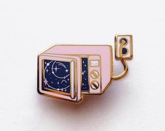Space Television Enamel Pin - Galaxy Pastel Digital Kawaii Aesthetics Cloud TV