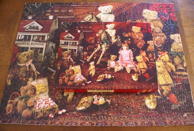 Vintage 1991 Springbok Jigsaw Puzzle- Treasures of Christmas Past- 500  Piece- PZL 4133