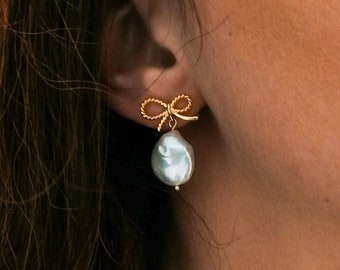 Miri - bow pearl earrings