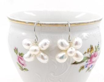 Esmé - boho flower earrings
